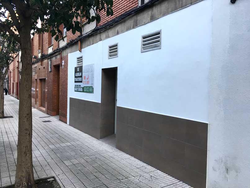convertir local comercial en vivienda en Gijón